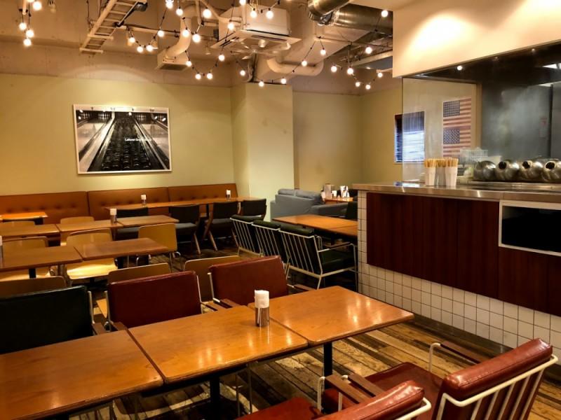 【17:00】笹塚ボウル併設のカフェで「ササボバーガー」ディナー!