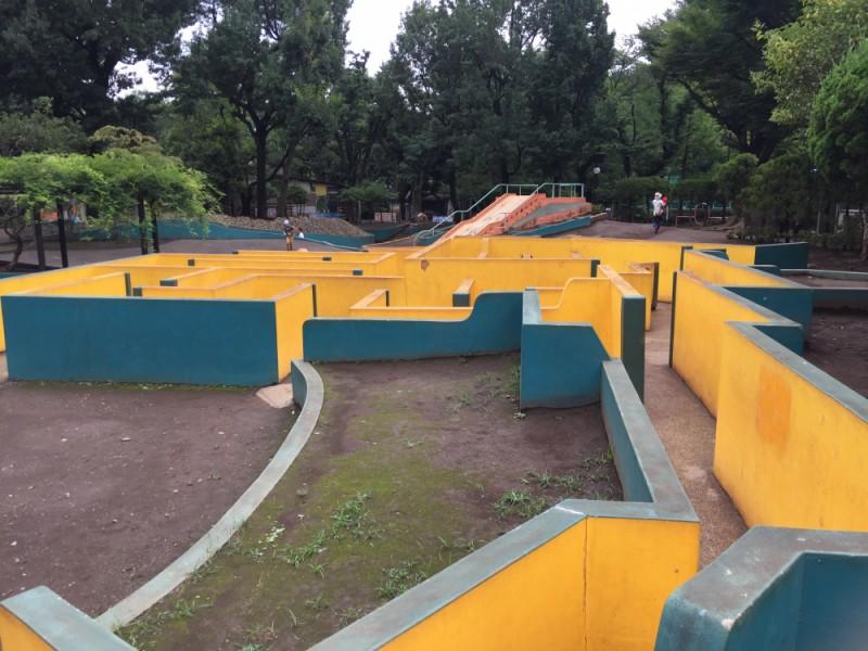 【13:00】巨大迷路がある「羽根木公園」でひと遊び