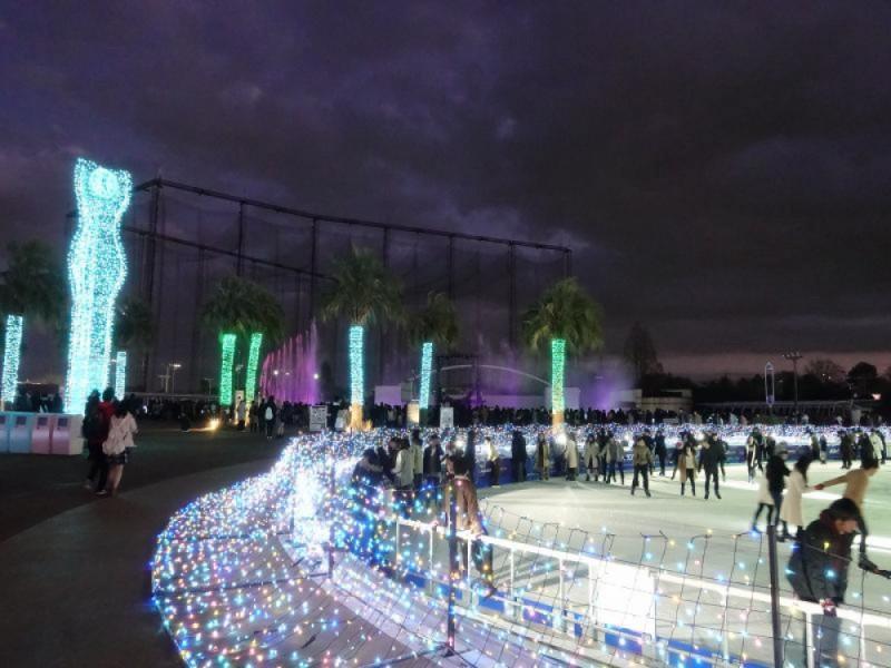 【16:20】よみうりランド期間限定のスケート場「ホワイト・ジュエル」で遊ぶ