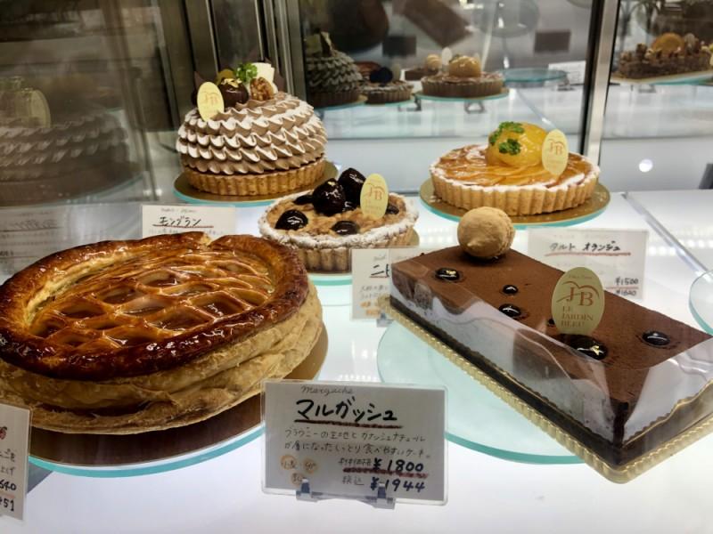 【13:10】「ル・ジャルダン・ブルー」でとびきりのケーキをお土産に