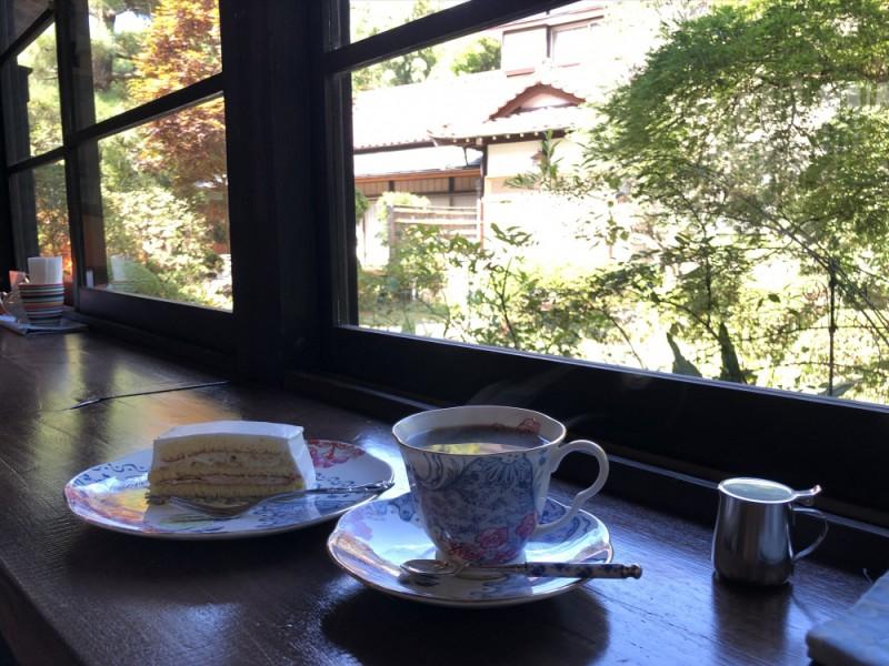 【14:10】古民家カフェ「隠れ家カフェローズ亭」で無添加の栗ケーキを堪能