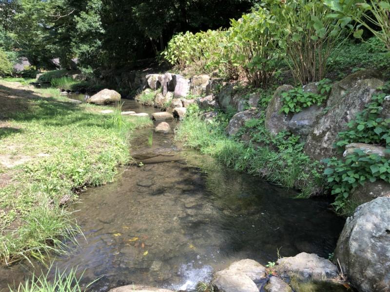 【15:10】「上谷戸(かさやと)親水公園」のせせらぎに癒される