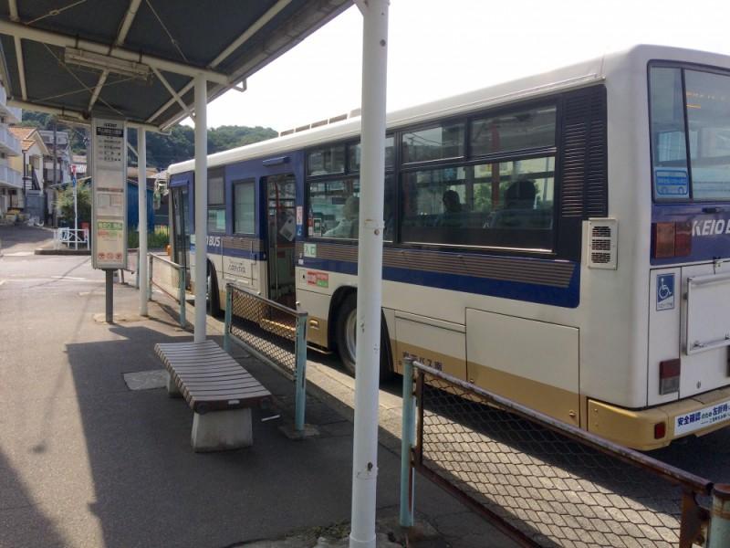 【10:07】京王バスで移動