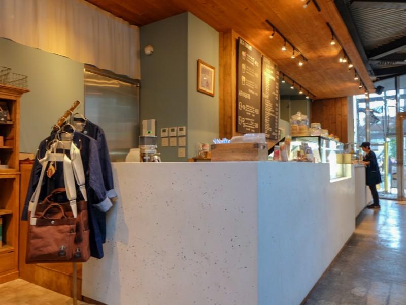 【15:00】スペシャルティーコーヒーショップ「猿田彦珈琲 アトリエ仙川」でスイーツに合うコーヒー豆をゲット