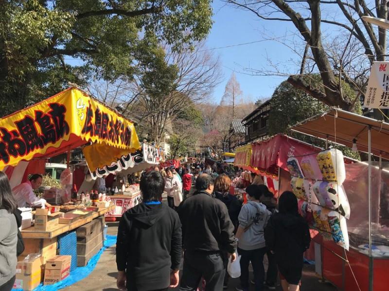 【14:40】深大寺の参道で食べ歩き