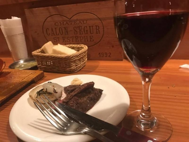 【21:30】炭火焼きのお肉が美味しい!カジュアルイタリアン「スミヴィノ (SUMIVINO)」でディナー