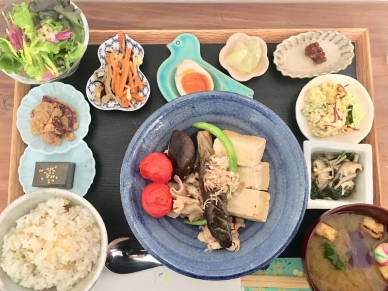 【11:30】ニューオープンの「手紙社西調布基地」の料理店「菜花」でランチと「soel(ソエル)」で雑貨を楽しむ