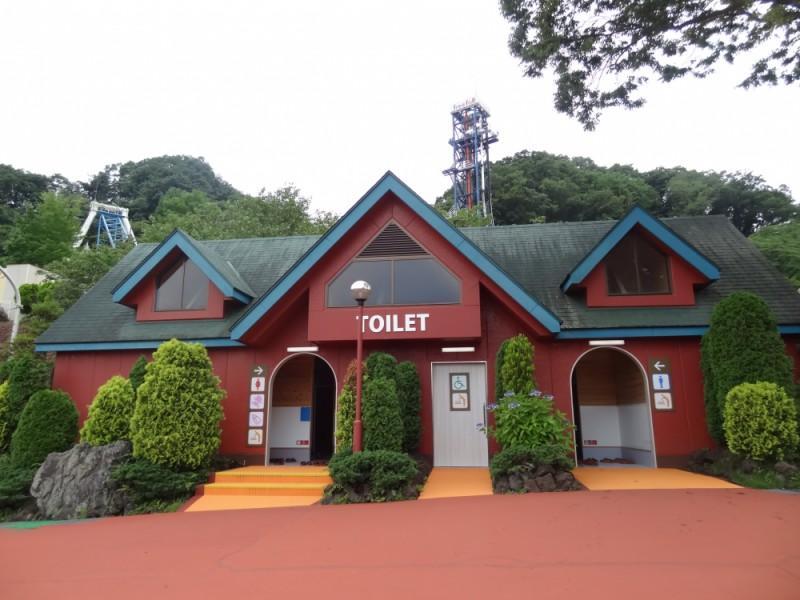 【16:00】スリルマウンテン内に新設された「ベビールーム」でトイレなど帰宅の準備
