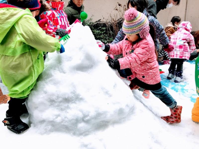 チョコフォンデュやマジックショーも楽しめる「調布銀座の雪まつり」を親子で満喫するおでかけコース