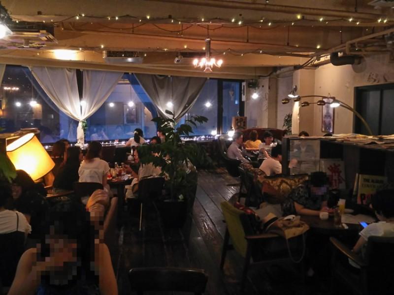 【19:50】「TUBO CAFE」で料理とお酒タイム